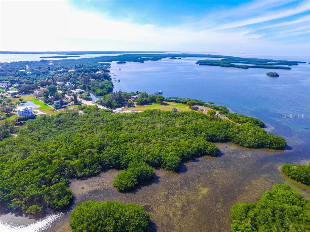 Additional photo for property listing at 41 Boots Point Rd 41 Boots Point Rd Terra Ceia, Florida,34250 États-Unis