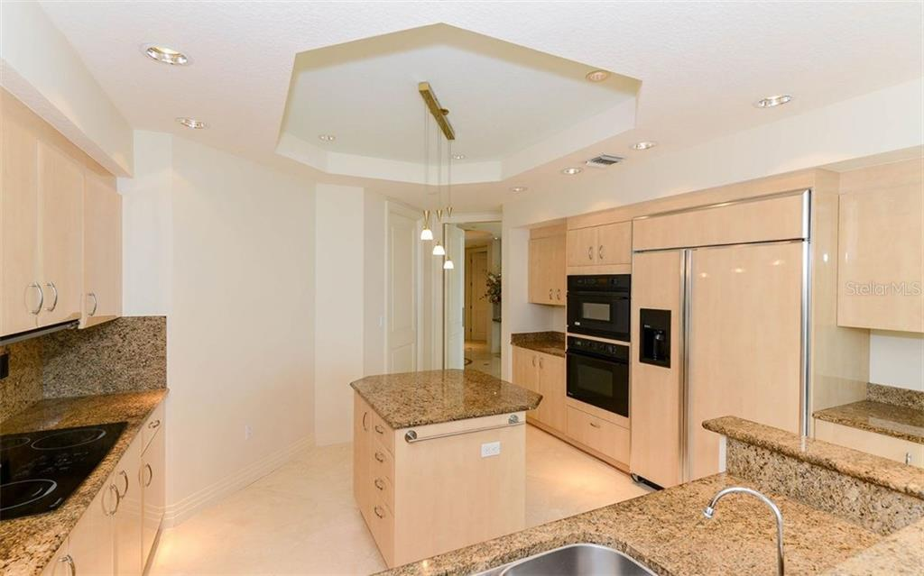 Condo for sale at 990 Blvd Of The Arts #601, Sarasota, FL 34236 - MLS Number is A4188070