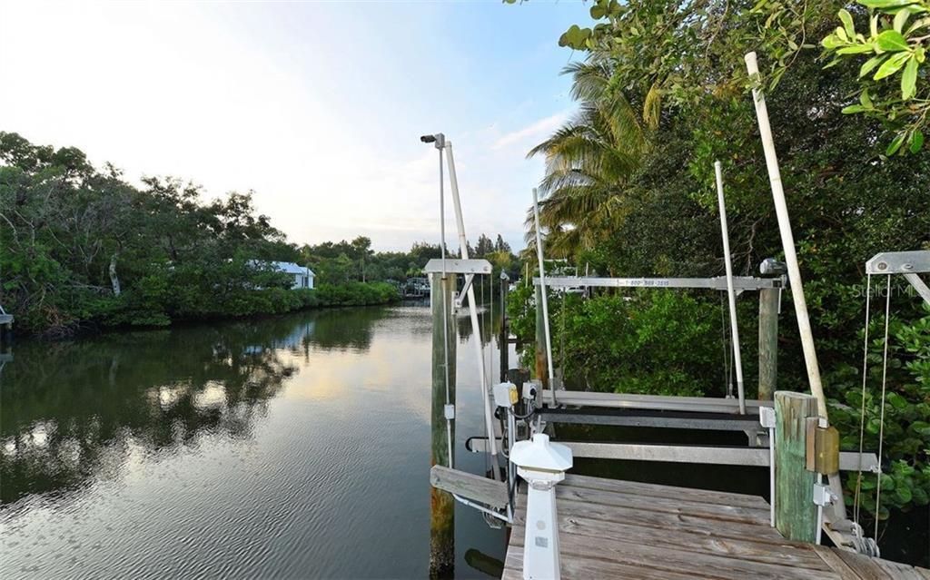 Additional photo for property listing at 5150 Jungle Plum Rd 5150 Jungle Plum Rd Sarasota, Florida,34242 Verenigde Staten