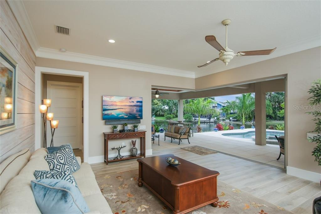 Family Room - Single Family Home for sale at 4847 Primrose Path, Sarasota, FL 34242 - MLS Number is A4415116