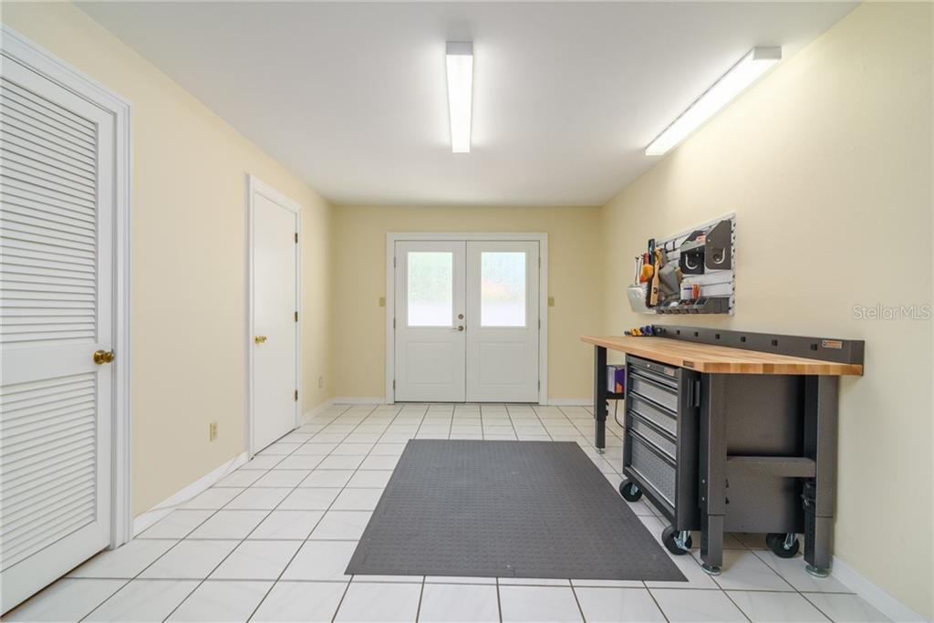Single Family Home for sale at 100 Pierson Ln, Sarasota, FL 34242 - MLS Number is A4415521