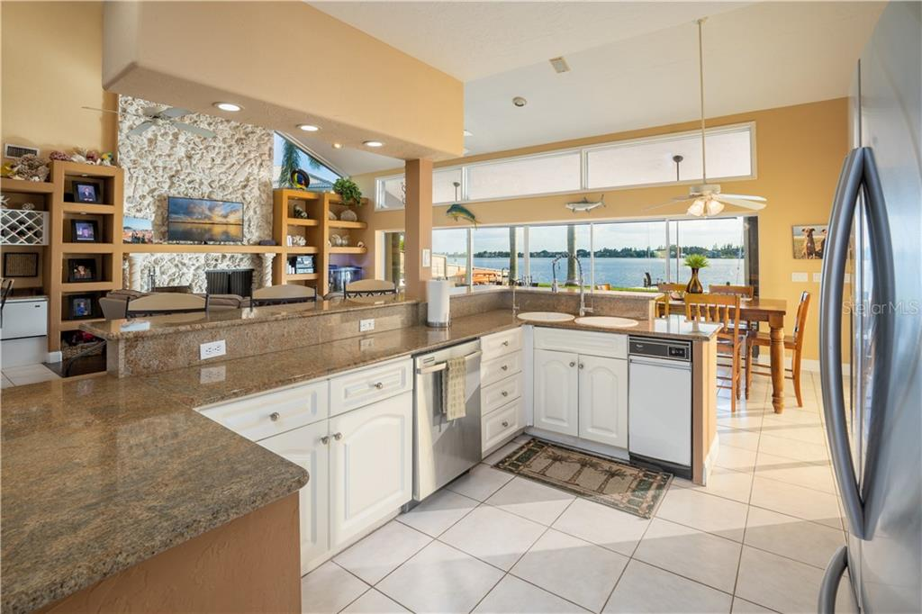 Single Family Home for sale at 1602 Idle Ln, Sarasota, FL 34231 - MLS Number is A4416962