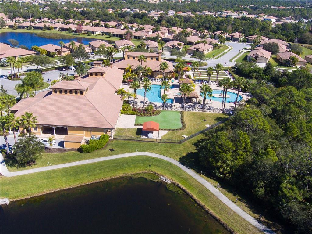 Clubhouse with Pool area - Villa for sale at 1808 Batello Dr, Venice, FL 34292 - MLS Number is A4426491