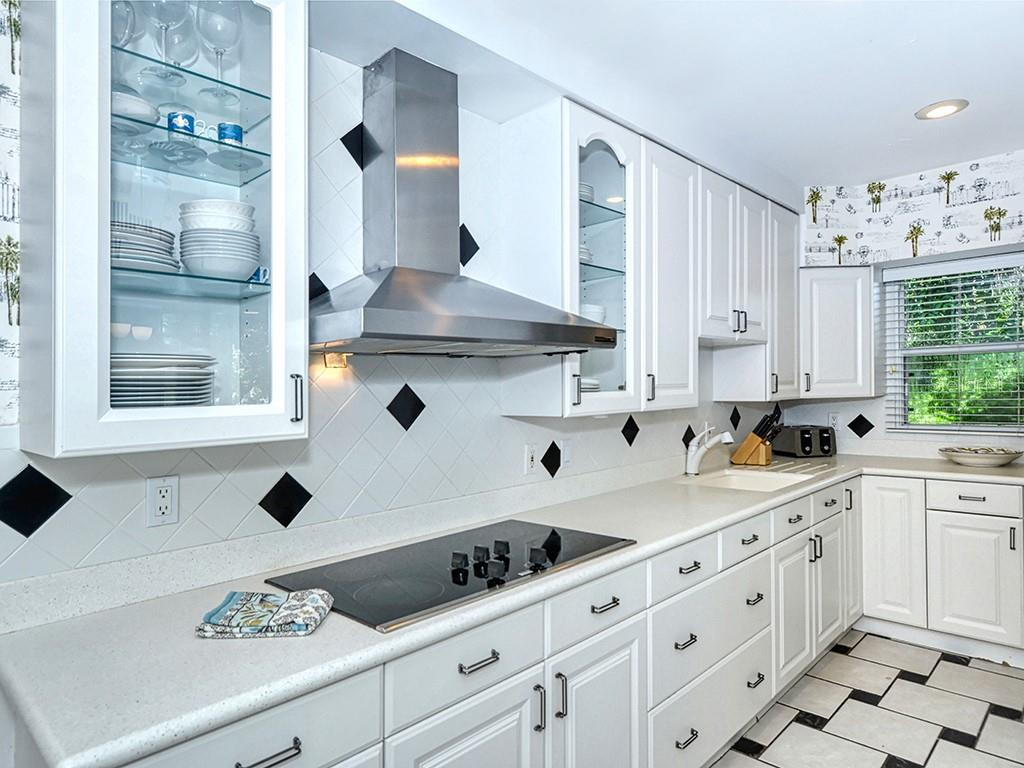 Kitchen - Ample Storage - Single Family Home for sale at 225 John Ringling Blvd, Sarasota, FL 34236 - MLS Number is A4443640
