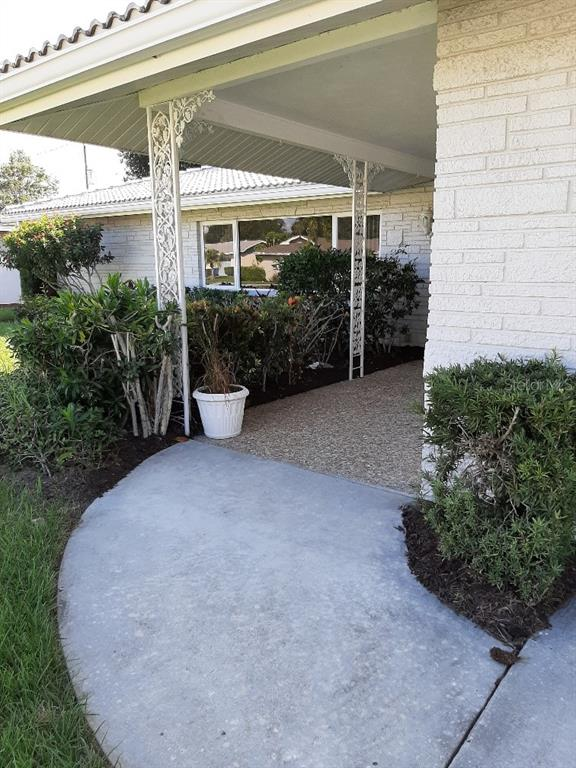Single Family Home for sale at 3112 Lockwood Ter, Sarasota, FL 34231 - MLS Number is A4451942