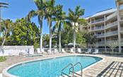 Community swimming pool - Condo for sale at 1260 Dolphin Bay Way #401, Sarasota, FL 34242 - MLS Number is A4173008
