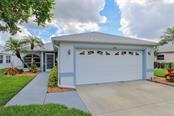 2416 Waterford Ct, Palmetto, FL 34221