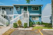 6033 34th St W #10, Bradenton, FL 34210